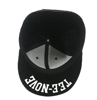 Snapback Tee-Nove internal side
